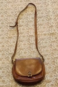 Vintage G.H.Bass & Co. Leather Crossbody Purse Bag